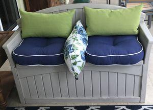 Outdoor Patio set/ storage for Sale in Miami, FL