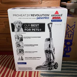 Bissell Proheat 2X Revolution Pet Pro Carpet Cleaner(1986r) for Sale in West Palm Beach, FL