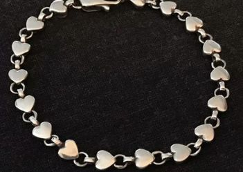 Tiffany & Co. Chain Of Hearts Bracelet for Sale in Arlington,  VA