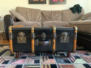 Vintage trunk coffee table for Sale in New York, NY