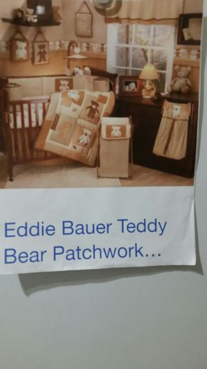 EDDIE BAUER PATCHWORK Bedroom And CRIB SET for Sale in Kennesaw, GA