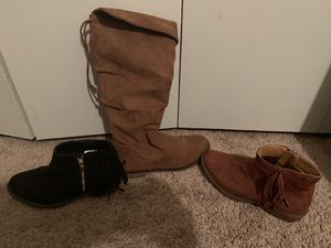 Girls Boots Size 4 for Sale in Wichita Falls, TX
