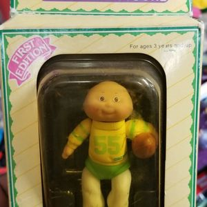 Cabbage Patch Kids Poseable First Edition for Sale in Baltimore, MD