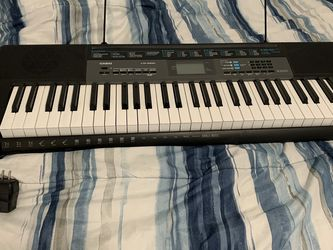 Casio Keyboard and stand Works Great And In Very Good Condition Hardly Used for Sale in Chula Vista,  CA