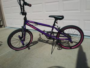 Mongoose bike in very good condition for Sale in Phoenix, AZ