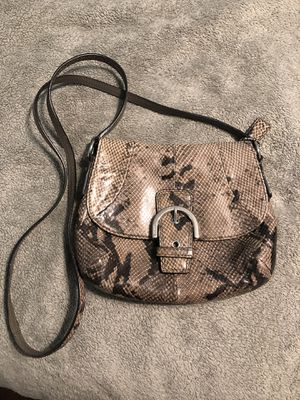 Coach faux snakeskin purse, barely used for Sale in St. Petersburg, FL