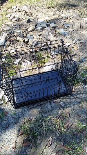 Estoy vendiendo una jaula pequeña para perro pequeño for Sale in Durham, NC