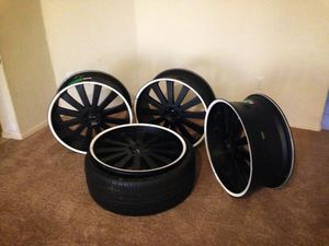 24 inch rims: 5 BOLT without tires for Sale in Payson, AZ