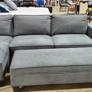 Grey Sofa Sectional (NEW) for Sale in Bensenville, IL