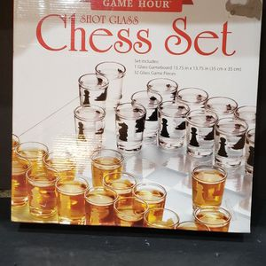 Chess Game Shot Glass Set - New for Sale in Fort Lauderdale, FL