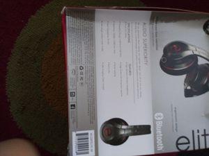 Wireless Bluetooth headphones for Sale in Cranford, NJ