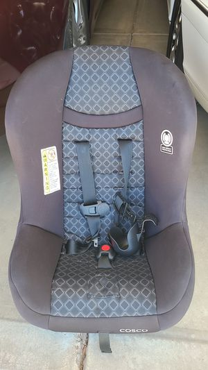 Child's car seat for Sale in Chandler, AZ