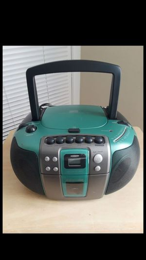 EMERSON Digital CD Player Casette Boombox Green Radio Stereo 2000 PD6511G for Sale in Tampa, FL