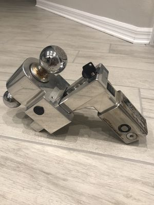 Trailer Hitch / Fastway brand / fits a 2 1/2 inch receiver / never been used to tow/ perfect condition. for Sale in Bradenton, FL