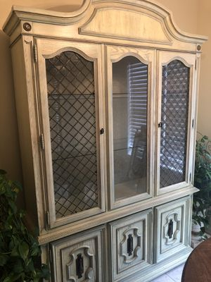 Free China Cabinet & Expandable Dining Table with 4 Chairs for Sale in Lawrenceville, GA