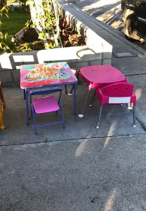Kids tables and chairs for Sale in Rialto, CA