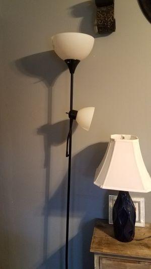 floor lamp for Sale in Greenville, SC