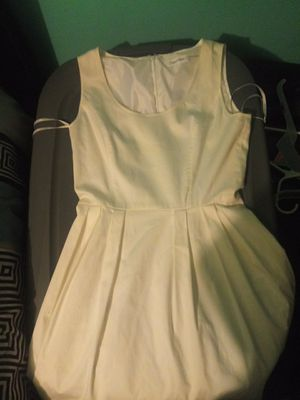 CALVIN KLEIN DRESS- White size 4 for Sale in Grove City, OH