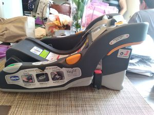 Chicco Keyfit carseat base for Sale in Aurora, CO