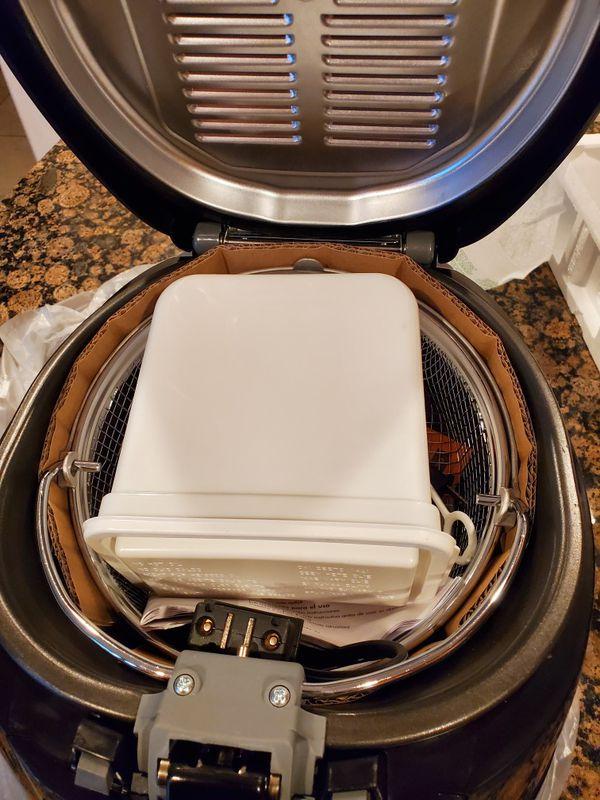 Delonghi Roto Deep Fryer / New Never Used