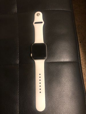 Apple watch 4 series, cellular, 44mm for Sale in Tacoma, WA