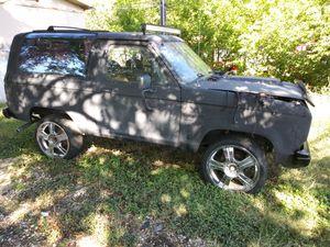 88 Ford Bronco for Sale in San Antonio, TX