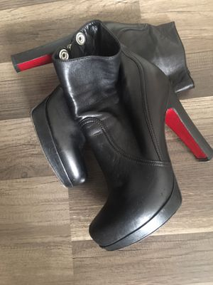 Luciano padovan boots size 39 for Sale in North Miami Beach, FL