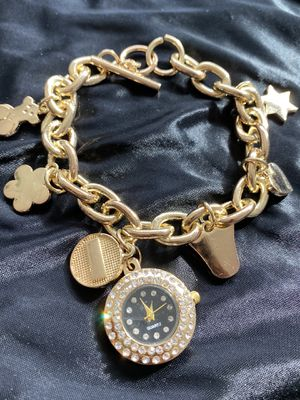 golden charm bracelet for Sale in Los Angeles, CA