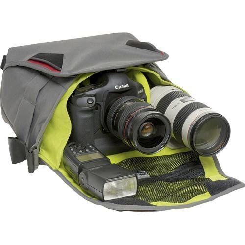 Price reduced AGAIN. Like-new Crumpler DSLR Camera Bag