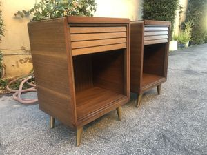 MID CENTURY NIGHTSTANDS for Sale in Arcadia, CA