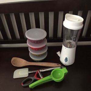 Small blender,potato peeler,lemon squeezer. for Sale in Los Angeles, CA