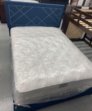 Furniture mattress- 🔥🔥queen mattress ( PLUSH ) + Box 🔥🔥 for Sale in McClellan Park, CA