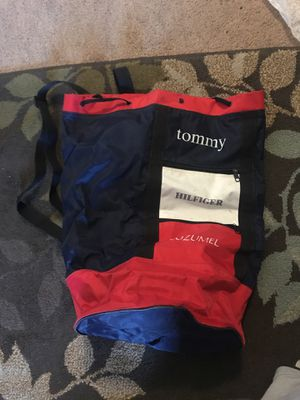 Tommy hilfiger backpack for Sale in Antioch, CA