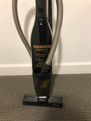 Vacuum cleaner Hoover $45 for Sale in Miami, FL
