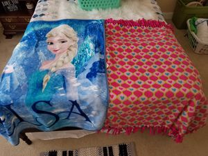 Elsa princess blanket and hearts fleece for Sale in Moyock, NC