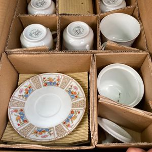 70's/80's China Ware (mint Condition) for Sale in Mansfield, TX