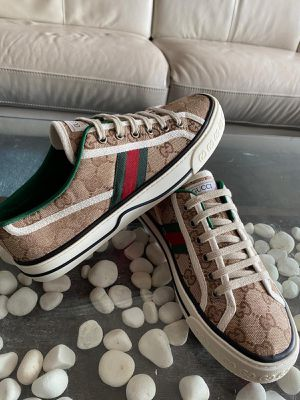 Gucci Sneakers for Sale in Tampa, FL