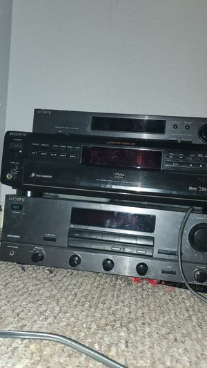 Sony stereo system with cd player and receiver for Sale in South Houston, TX