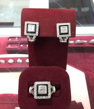 Diamond ring and earring set for Sale in Chicago, IL