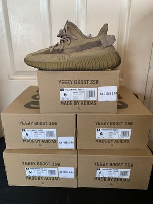 Yeezys 350 Boost Earth for Sale in Los Angeles, CA