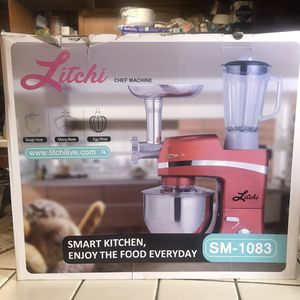 3 in 1 Stand mixer ,Blender & meat Grinder for Sale in San Bernardino, CA