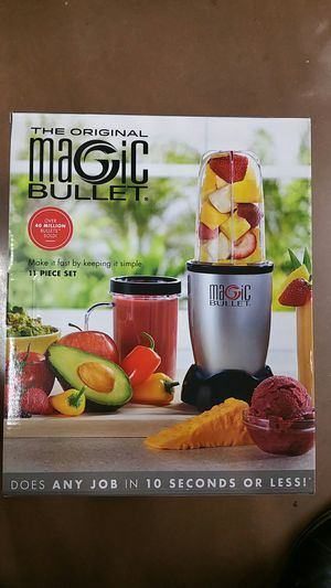11 pieces Magic bullet hi-speed blender & mixer for Sale in Kissimmee, FL