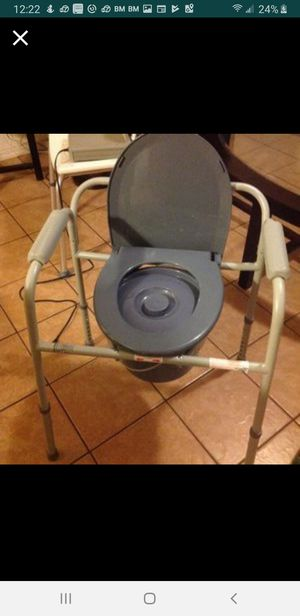 Medline 3 in 1 bedside commode for Sale in South Gate, CA