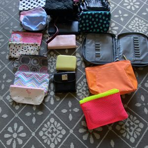 Make Up bags And Purses for Sale in Orlando, FL