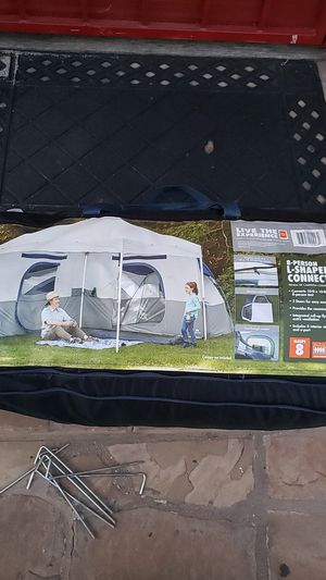Tent - can hold 8 people - only have used it once for Sale in Lawndale, CA