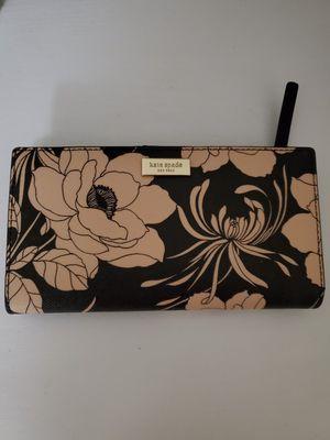 Kate Spade Wallet for Sale in UPR MARLBORO, MD