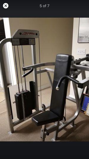 Life fitness shoulder press for Sale in Rockville, MD