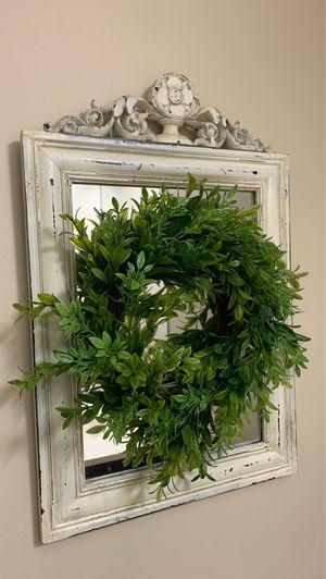 Mirror with wreath for Sale in Kalamazoo, MI