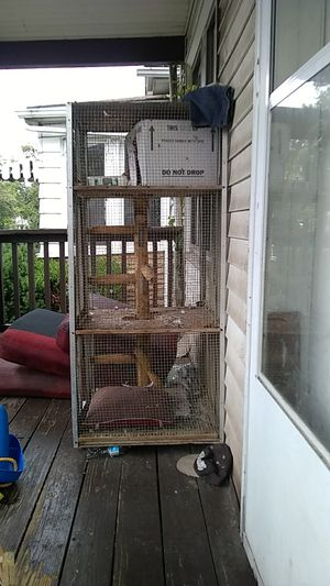 Tall bird cage 4'Lx3'3Dx6'6T for Sale in River Rouge, MI