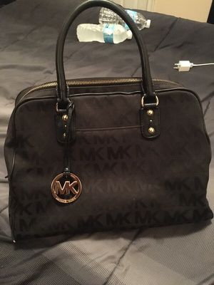 Authentic Michael Kors handbag for Sale in Philadelphia, PA